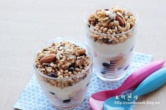 복숭아 통곡물 씨리얼 포트, 간단한 아침식사