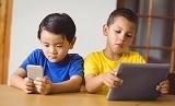 [맘스팁] 스마트폰에 빠진 아이 어떻게 해야 할까요?